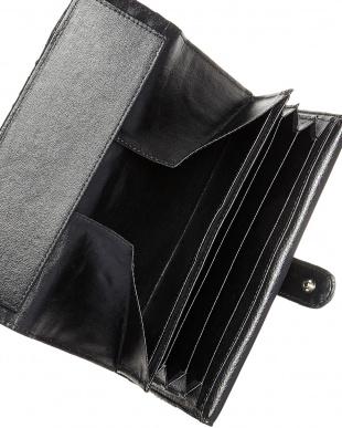 ブラック パイソン2段階フラップ長財布を見る