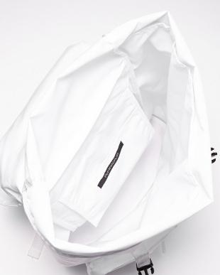 ホワイト Nylon Backpackを見る