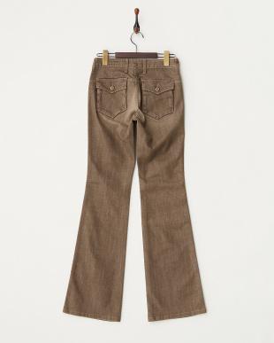 ブラウン系 ボタンポケットブーツカット パンツ WOMENを見る