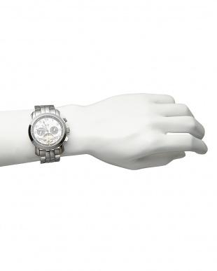 ホワイト/ブラック 機械式腕時計 008|MENを見る