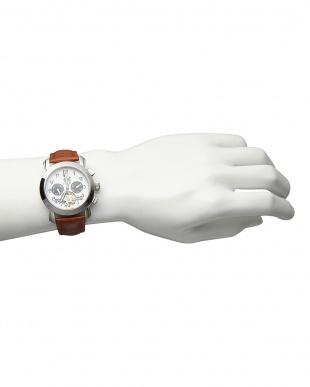 ホワイト/ブラック 機械式腕時計(手巻きのみ)044 MENを見る