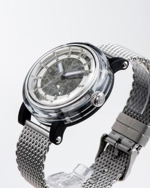 シルバー 自動巻腕時計を見る