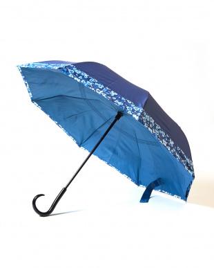 ブルー×フラワー 2重傘 circus(サーカス) 晴雨兼用を見る
