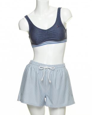 BL FILA 4テンセット(水着上下+Tシャツ+ショートパンツ)を見る