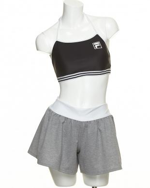 BK FILA 4テンセット(水着上下+Tシャツ+ショートパンツ)を見る