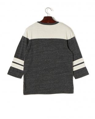 ブラック×クリーム SHORELINE 配色ライン七分袖 フットボールTシャツを見る