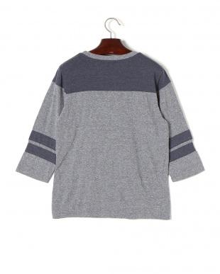 グレー×ネイビー SHORELINE 配色ライン七分袖 フットボールTシャツを見る
