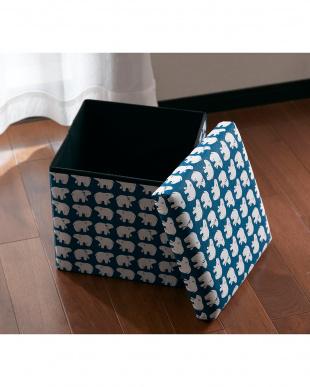 シロクマ 座ってしまえて畳める便利ボックスを見る