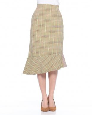 YE チェック柄ペプラムスカートを見る