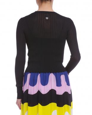 ブラック バックロゴ 編み地切替 長袖プルオーバーを見る
