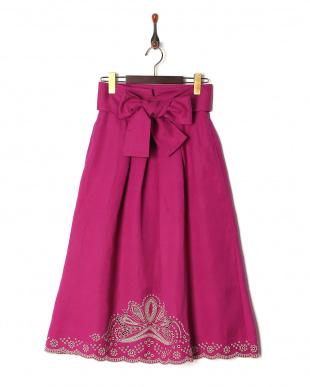 パープル リネン混裾刺繍スカートを見る