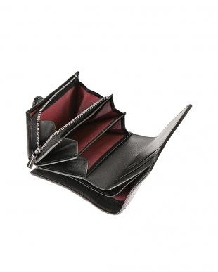 ブラック 二つ折り小銭入れ付き財布を見る