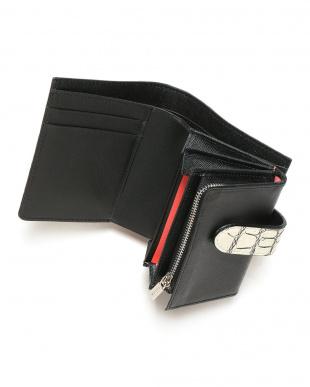 バニラ 二つ折り小銭入れ付き財布を見る