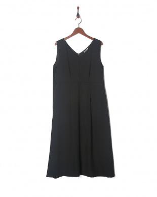 ブラック RING DOT FLARE DRESSを見る