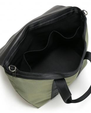 khaki レザーフラップ 切替 2WAY トートバッグ 31×32.5cmを見る