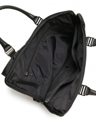 ブラック 防水レザー 薄マチ 2WAY ビジネスバッグを見る