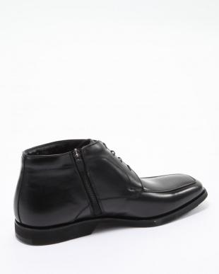 01BL ブーツ他を見る