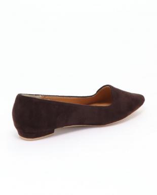 ブラウン 靴を見る