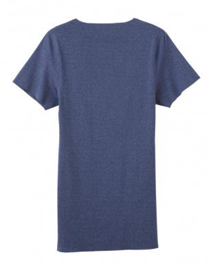 ネービーモク VネックTシャツを見る