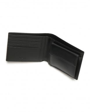 ブラック レザー 二つ折り財布を見る