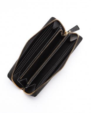 ブラック 角シボ型押し・ラウンドファスナー長財布 CLASSICO クラシコを見る