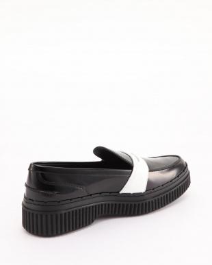 ビアンコ/ネロ Two Tone Leather Loafersを見る