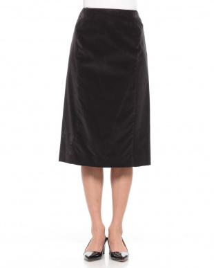チャコール ストレッチベルベットバックベルテッド スカートを見る