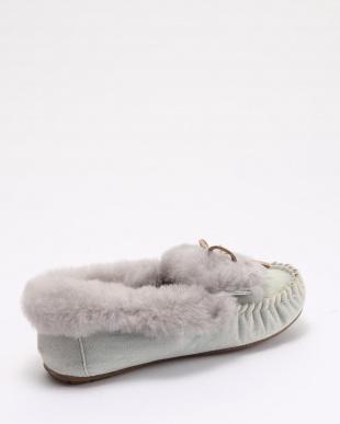 Light Denim Distress Amity Denim Cuff Furを見る