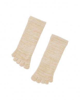 ベージュ お風呂上がりのあったか靴下 タオルみたいなふかふか5本指タイプ 3足セットを見る