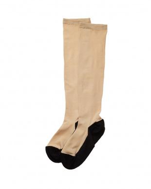 ブラック✕4 まるでストッキングを履いたような靴下 フットカバータイプ 4個セットを見る