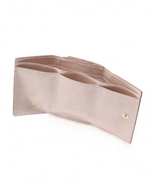シャンパン [トプカピ] TOPKAPI 角シボ型押しメタリックレザー・三つ折りミニ財布 COLORATO コロラートを見る