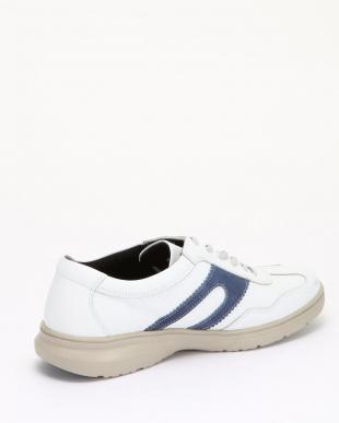 BLUE/WHITE スニーカーを見る
