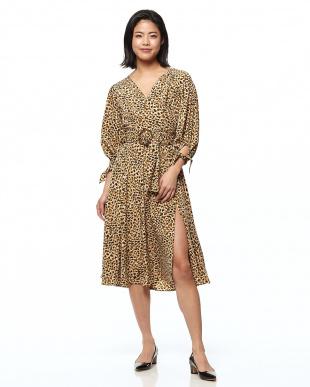 BEG Madison Belted Leopard Dressを見る