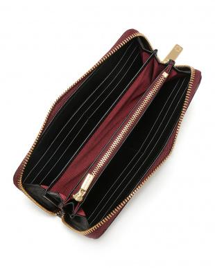 ワイン クロコダイル ラウンドジップ 長財布を見る