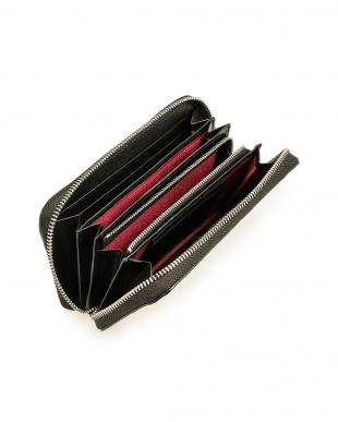 バニラ クロコダイルレザー ラウンドジップ 長財布を見る