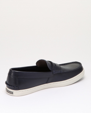 NANTUCKET LOAFER II:NAVY HANDSを見る