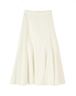 ホワイト デニムソフトマーメードスカートを見る