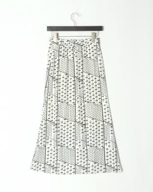 オフシロ 《musee》幾何学プリントナロースカートを見る