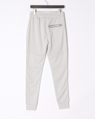 GRAY UT PANTSを見る