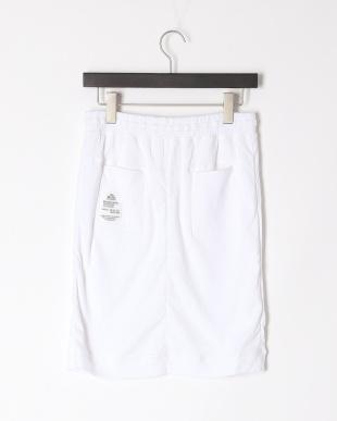 WHITE ふわふわミドル丈スカートを見る