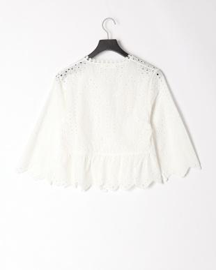 91/無彩色B(オフホワイト) カットレースジャケットを見る