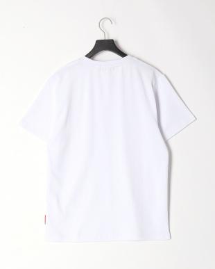 White Pocket T-shirtを見る