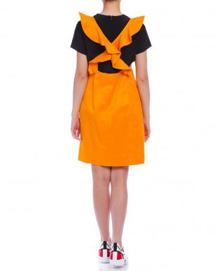 オレンジ 半袖Tシャツ付 フリル ジャンパースカートを見る