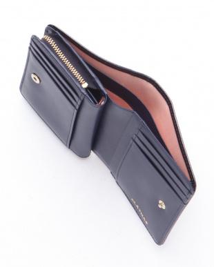 ネイビー マリーゴールド 二つ折り財布を見る
