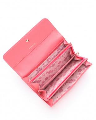 ピンク カメル フラップ長財布を見る