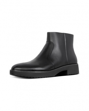 Black MARIA ANKLE BOOTSを見る