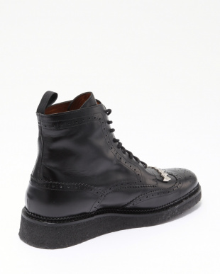 26/black  Wing tip bootsを見る