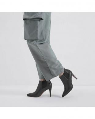 Olive スティレットヒール チェルシーブーツ / Stiletto Heel Chelsea Bootsを見る