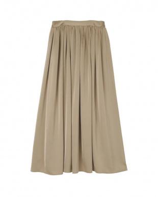 グレージュ サテンギャザースカートを見る