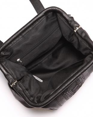 ブラック/ナチュラル カウ/パイソンがま口バッグを見る